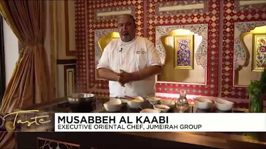 اوزی اماراتی، افطاری نخستین سرآشپز مرد اهل امارات