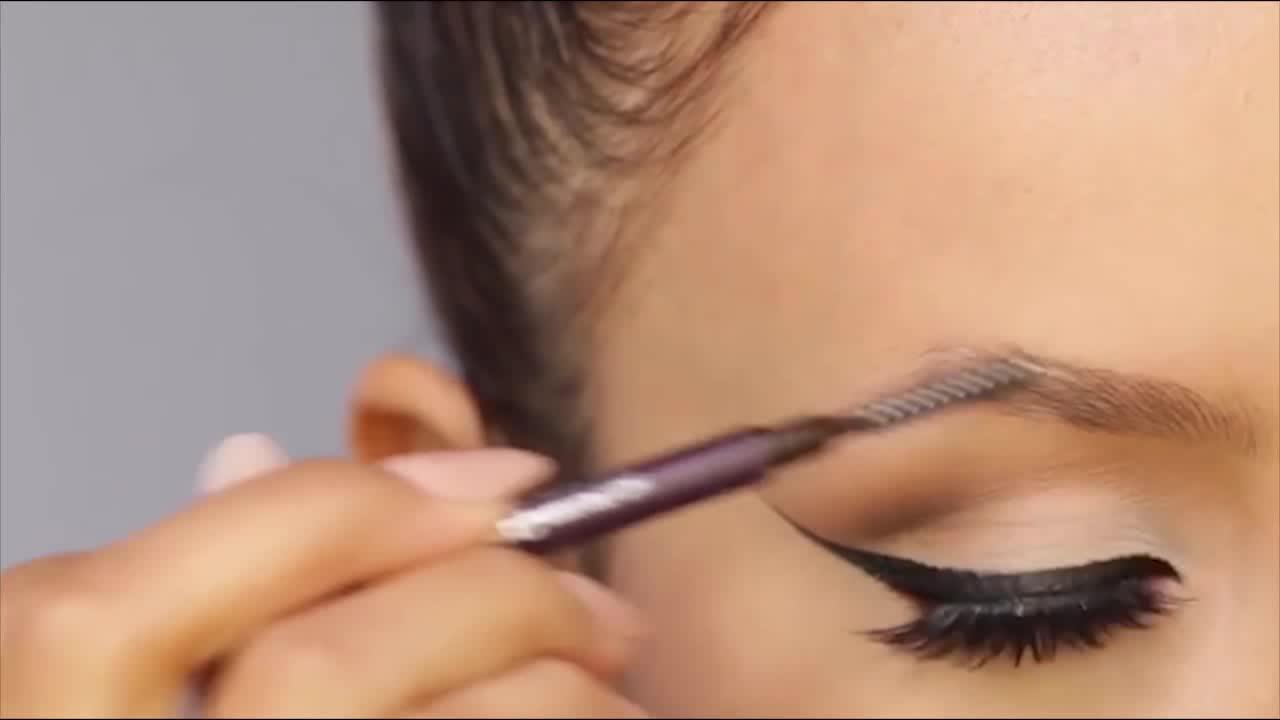آموزش آرایش حرفه ای ابرو