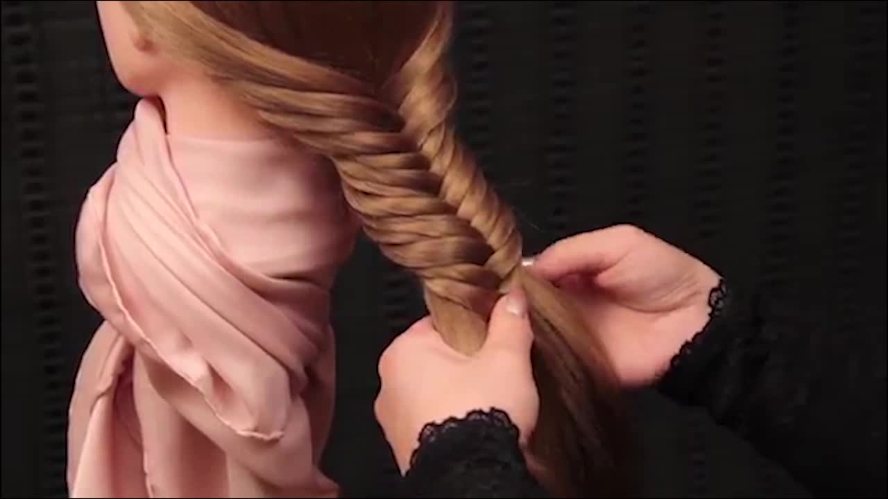 آموزش بافت مو به روش تیغ ماهی