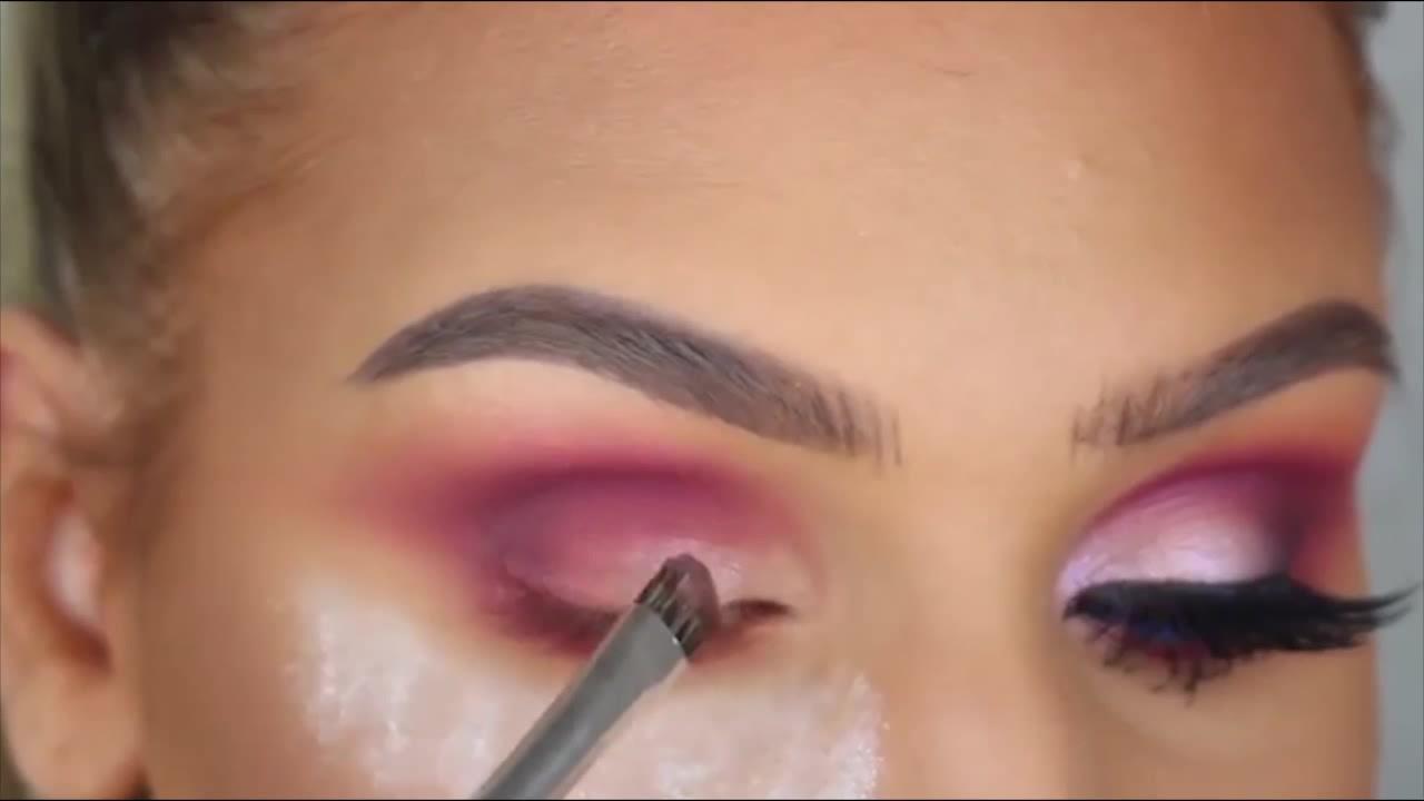 آموزش آرایش مخصوص چشمان رنگی